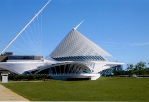 Milwaukee Art Museum. Quadracci Pavillion. Architect: Santiago Calatrava. It looks like a boat to me.