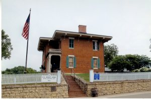 This is Grant's house in Galena, Illinois. The townspeople gave it to him. I've been there three times.