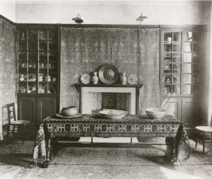 For the last 18 years of his life William Morris lived at Kelmscott House. This is an interior photo from the end of the 19th century. Kelmscott House still stands