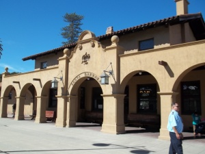 We stopped at the Santa Barbara Station for a smoke break. It was a great station right out of the 1920s. Taking the train is like going back in time.