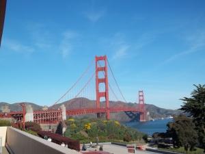 Uh, it's the Golden Gate Bridge.
