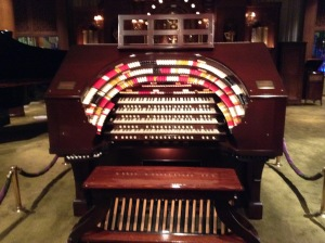 On the 3rd floor they had a lot of big musical instruments like this organ.